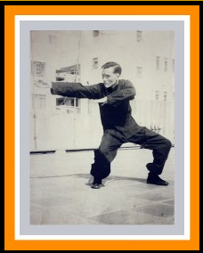 Grandmaster Kong Hing demonstrating the famous Choy Lay Fut 'Charp Chui'